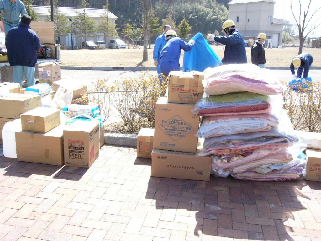現地に到着した支援物資